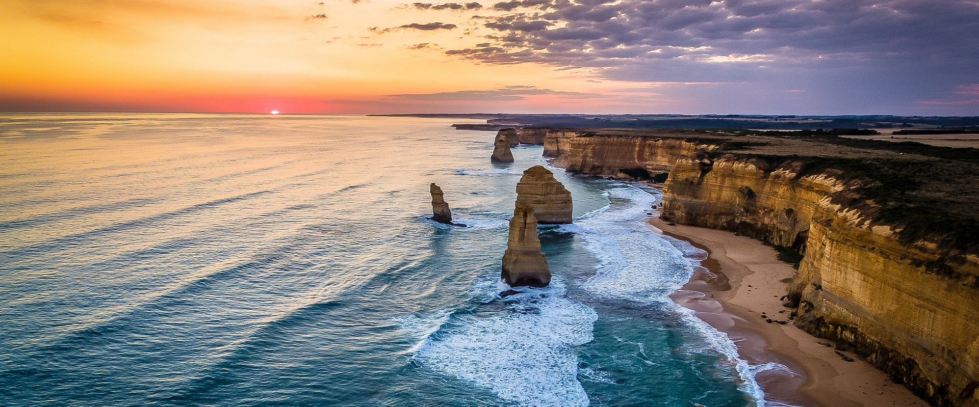 The 12 Apostles, Victoria. One of samotor's 6 great Aussie train destinations.